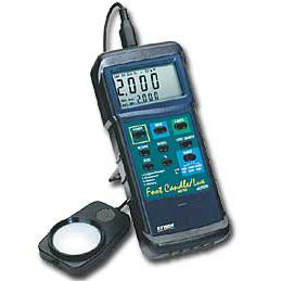 Extech 407026-NIST Digtal Light Meter with Datalogging Software